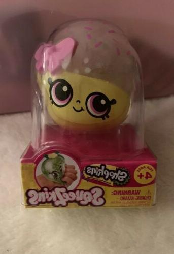 shopkins squeezkins cupcake queen squishy squeezeball gel